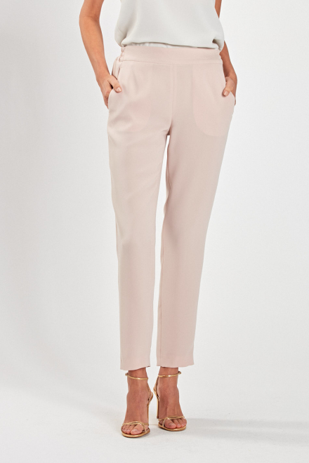 Spodnie tkaninowe z gumą w...